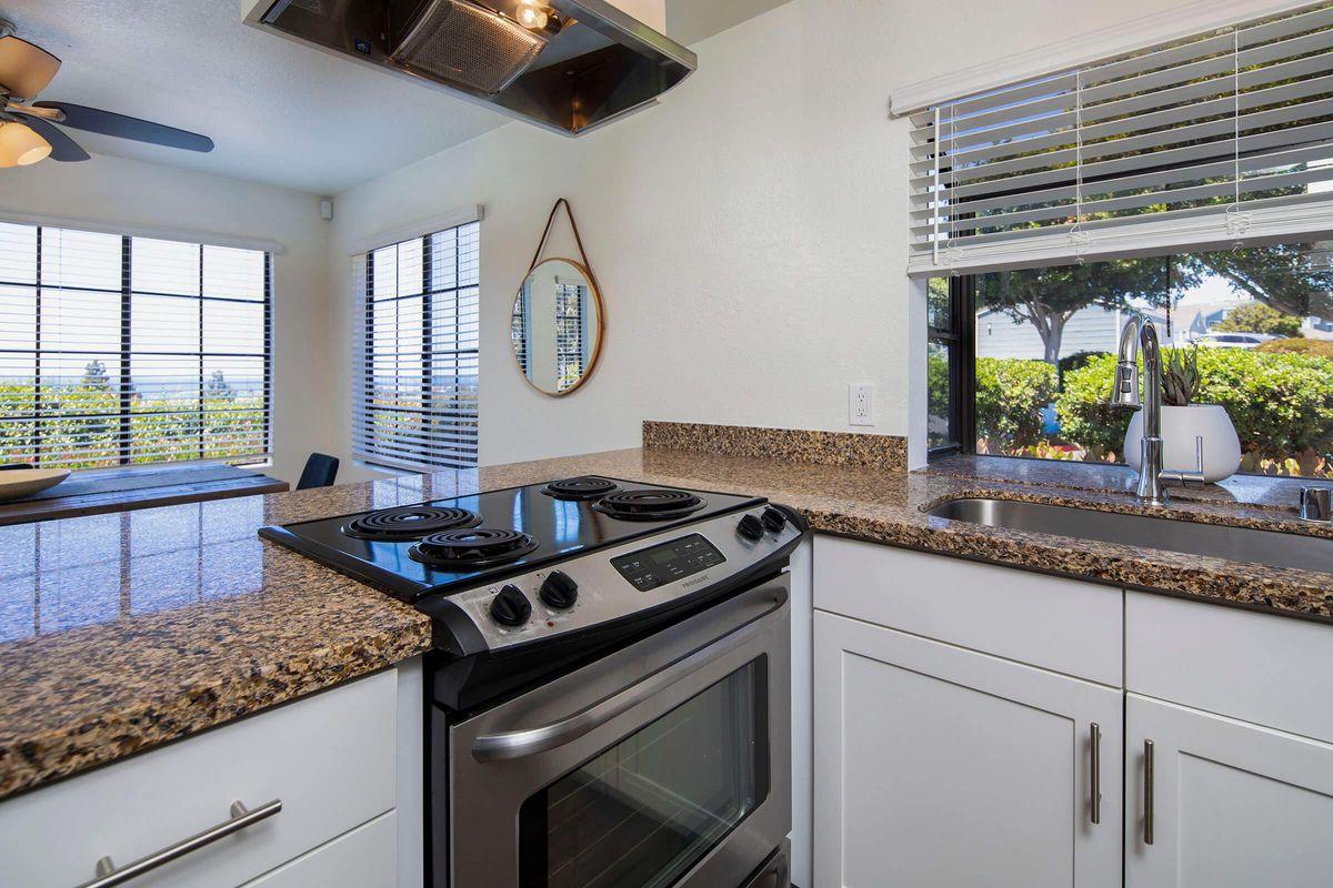 Seagate Condominium Rentals Model Unit  12.jpg