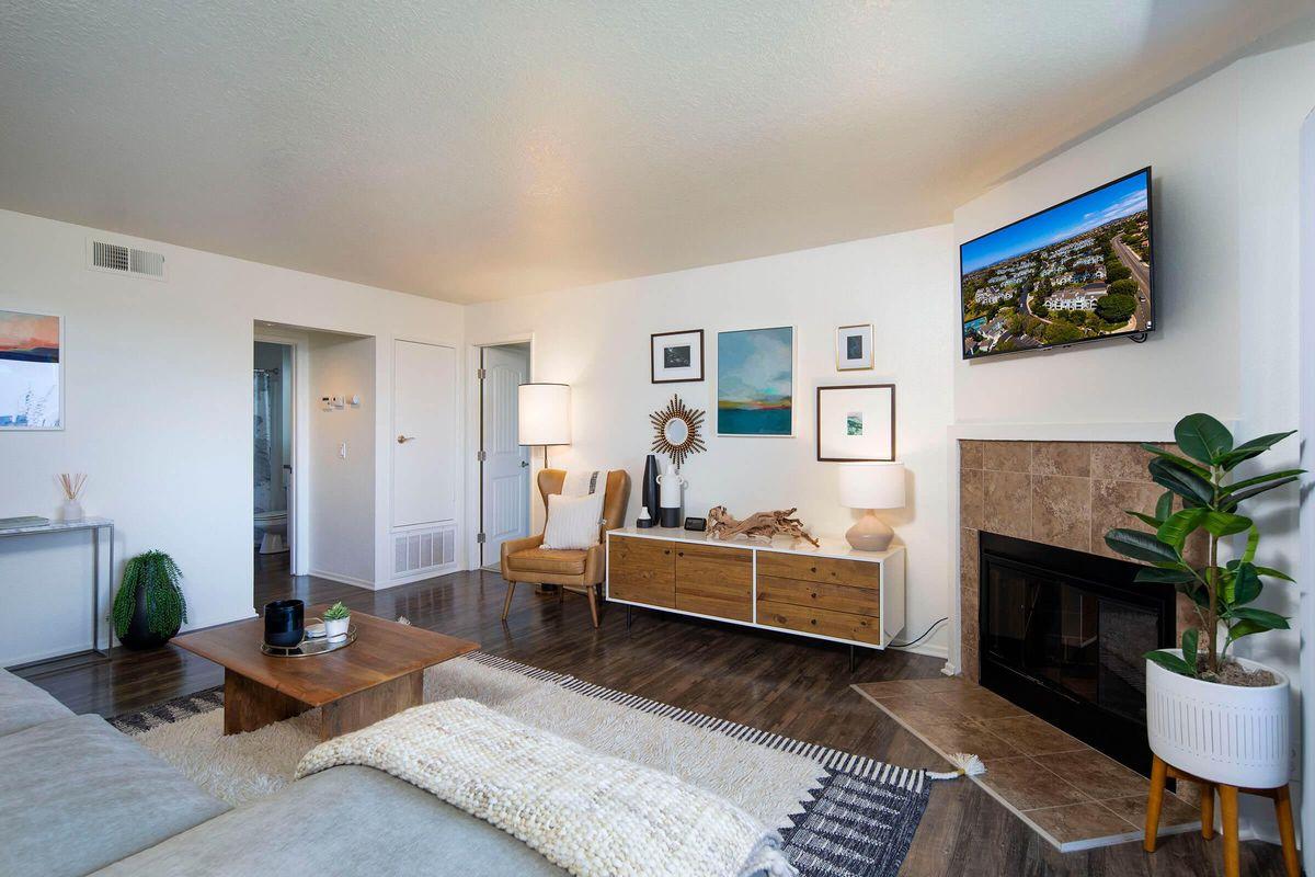 Seagate Condominium Rentals Model Unit  13.jpg