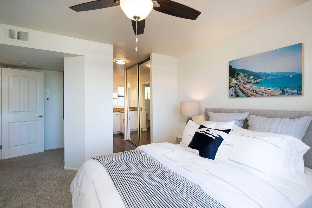 Seagate Condominium Rentals Model Unit  15.jpg
