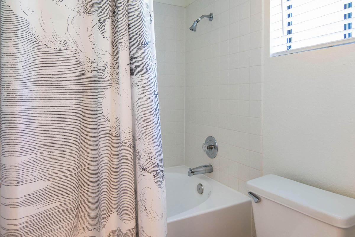 Seagate Condominium Rentals Model Unit  17.jpg