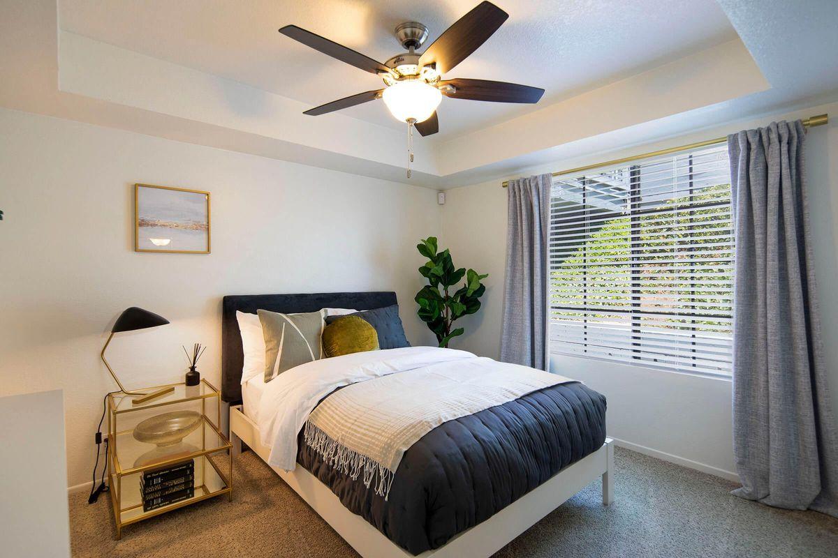 Seagate Condominium Rentals Model Unit  20.jpg
