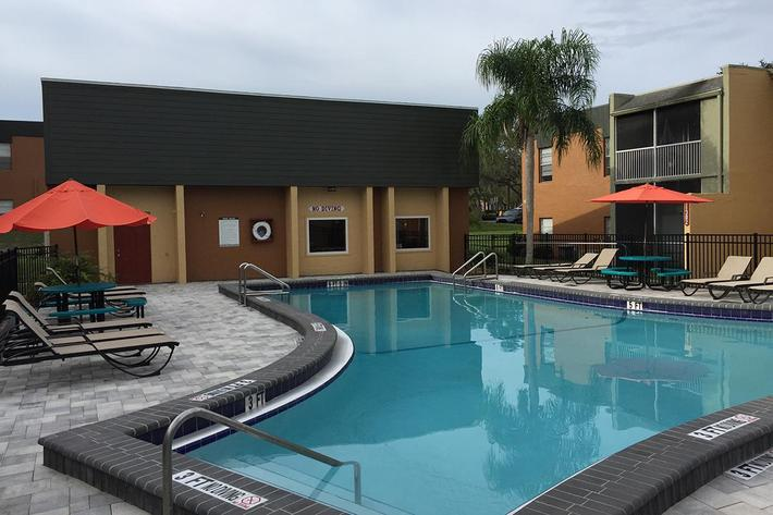 Enjoy the Pool at River Rock in Temple Terrace, Florida