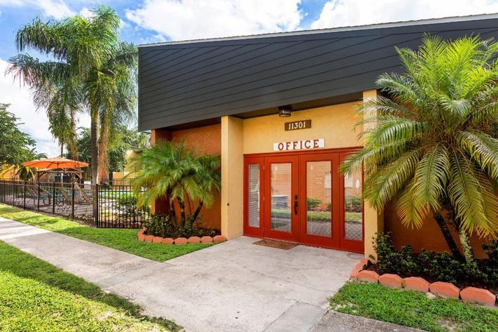 Visit Our Leasing Office at River Rock in Temple Terrace, Florida