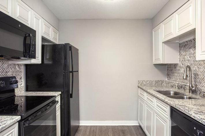 Fully-Equipped Kitchens at River Rock in Temple Terrace, Florida