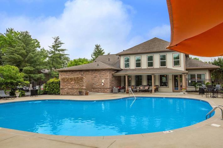 Dive Right Into the Pool at Ashwood Cove in Murfreesboro, Tennessee