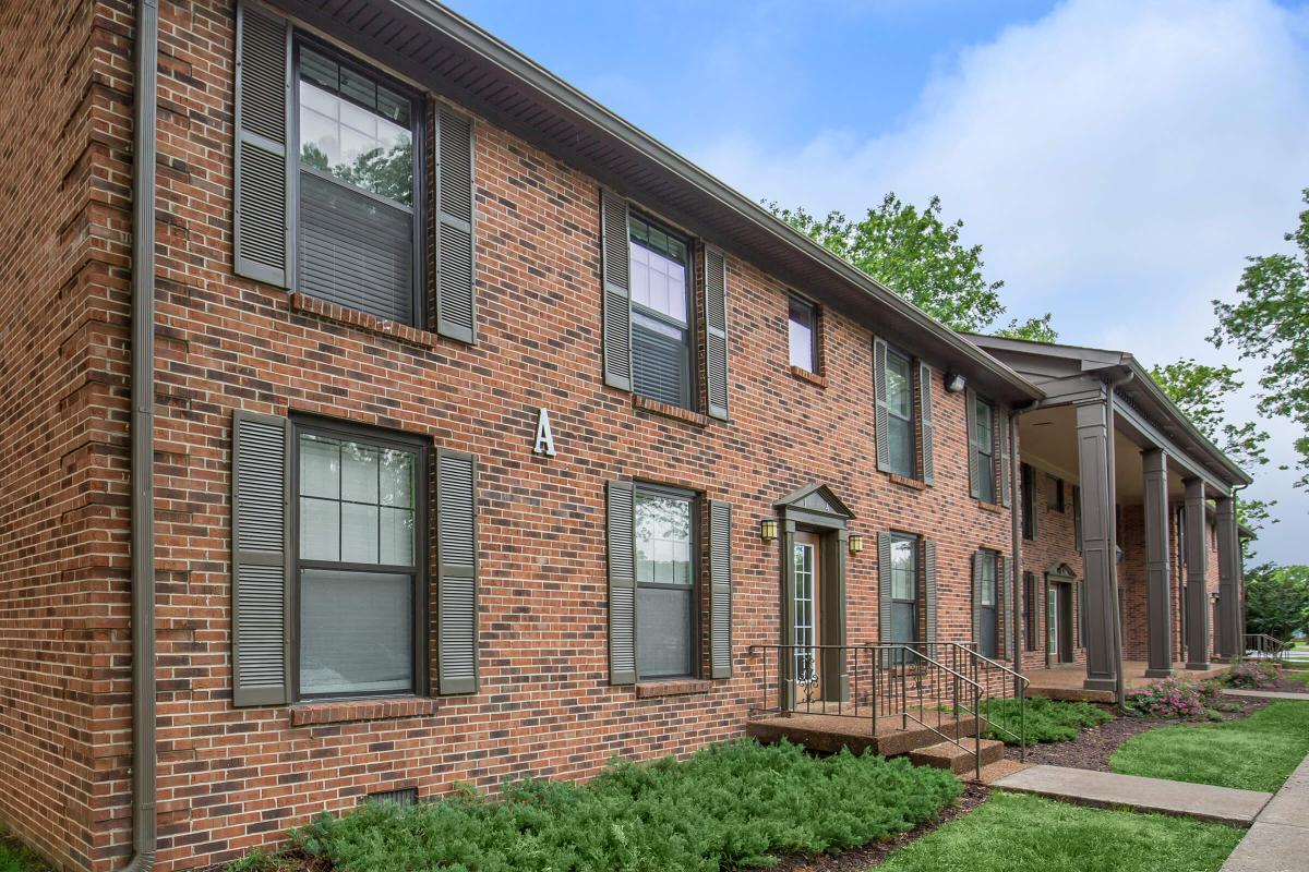 Brick Exteriors Here at Colony House Apartments For Rent In Murfreesboro, Tennessee