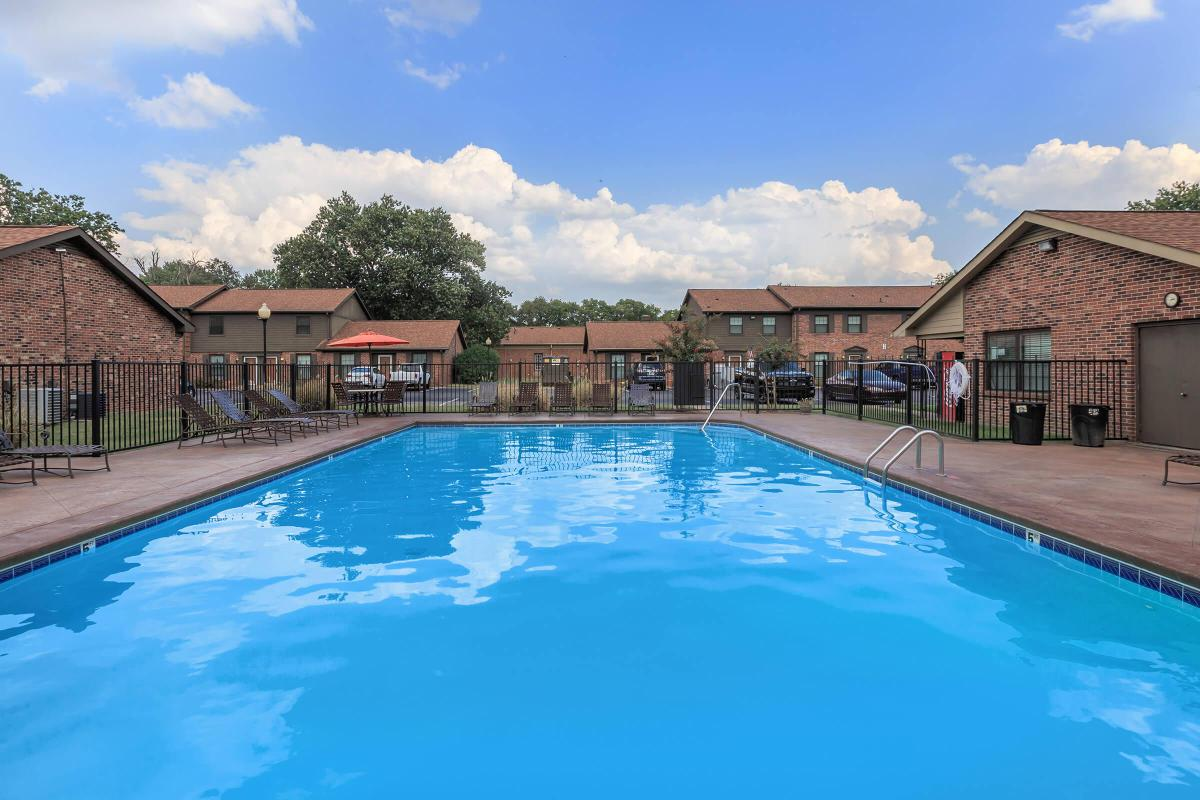Swimming pool at Colony House in TN