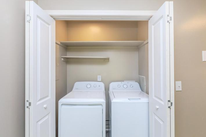 Washer and Dryer at The Franklin at Colony House in Murfreesboro, Tennessee