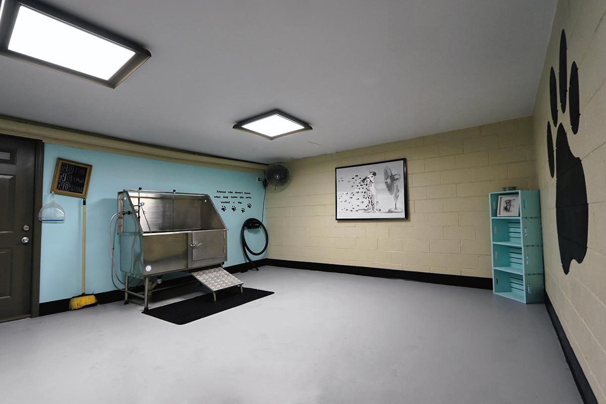 Pet wash area at Gazebo Apartments