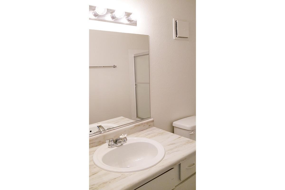 MODERN WASHROOMS AT WOODHAVEN APARTMENTS IN LAS VEGAS