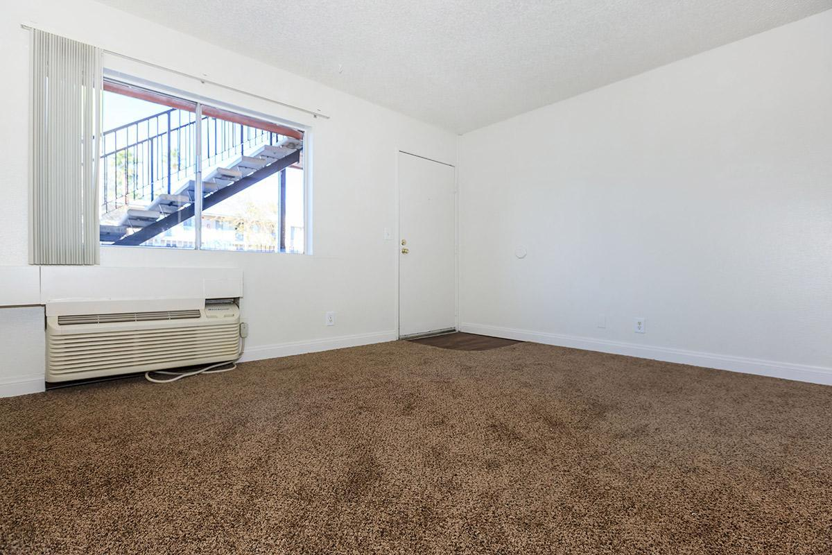 LUSH CARPETED ONE BEDROOM AT WOODHAVEN APARTMENTS IN LAS VEGAS
