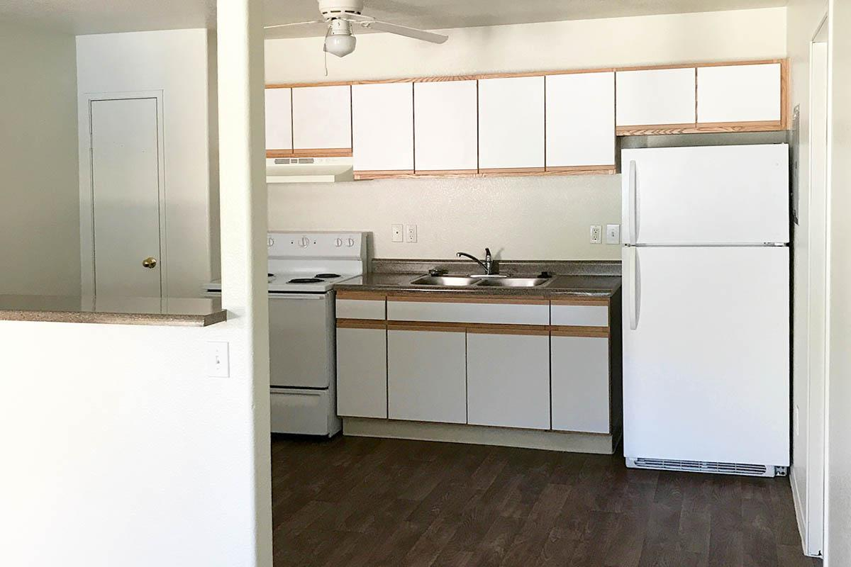 WOODHAVEN APARTMENTS IN LAS VEGAS FEATURE AN ALL-ELECTRIC KITCHEN