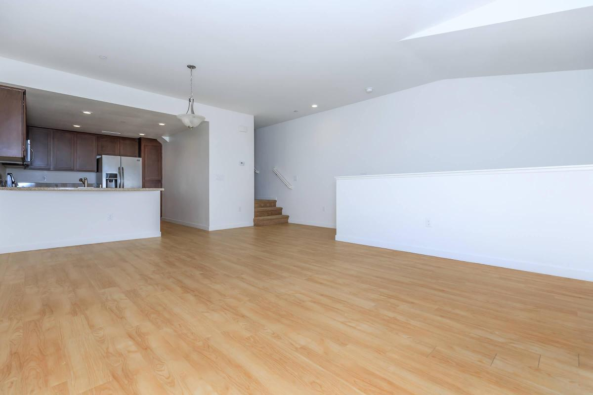 VAULTED CEILINGS AVAILABLE