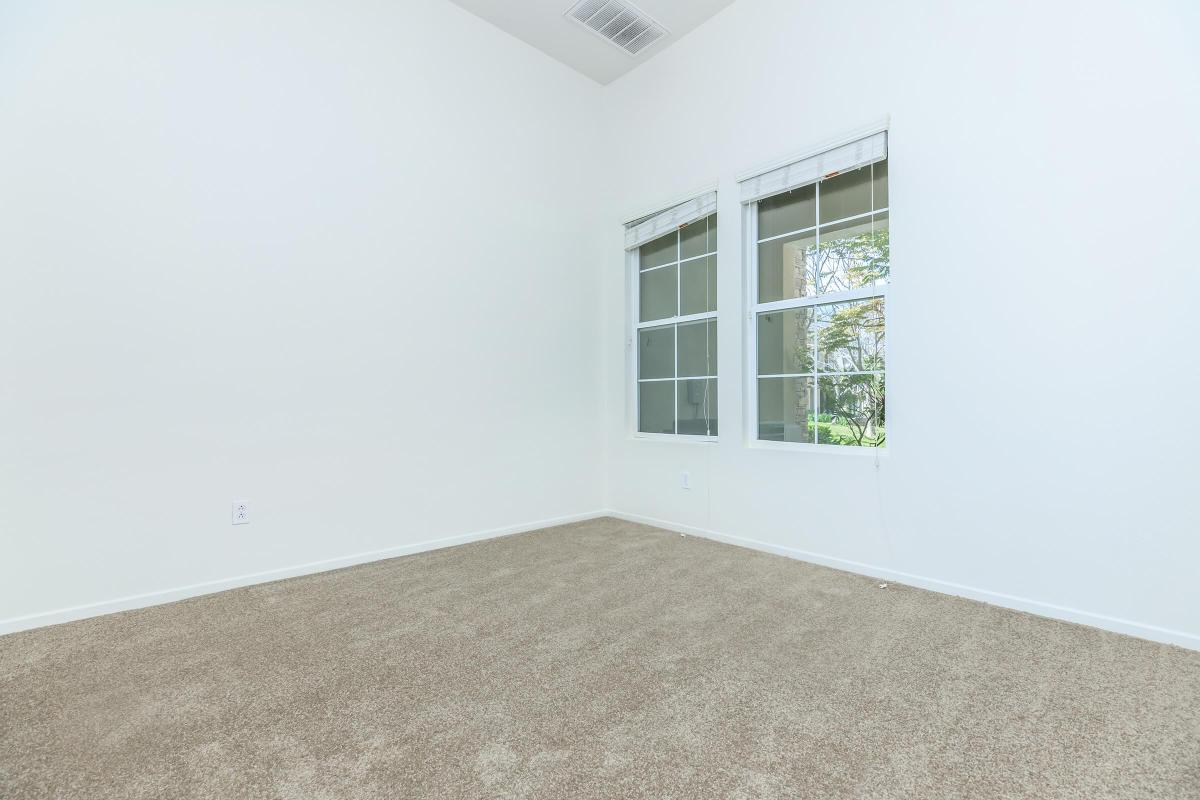VAULTED CEILINGS IN SELECT TOWNHOMES