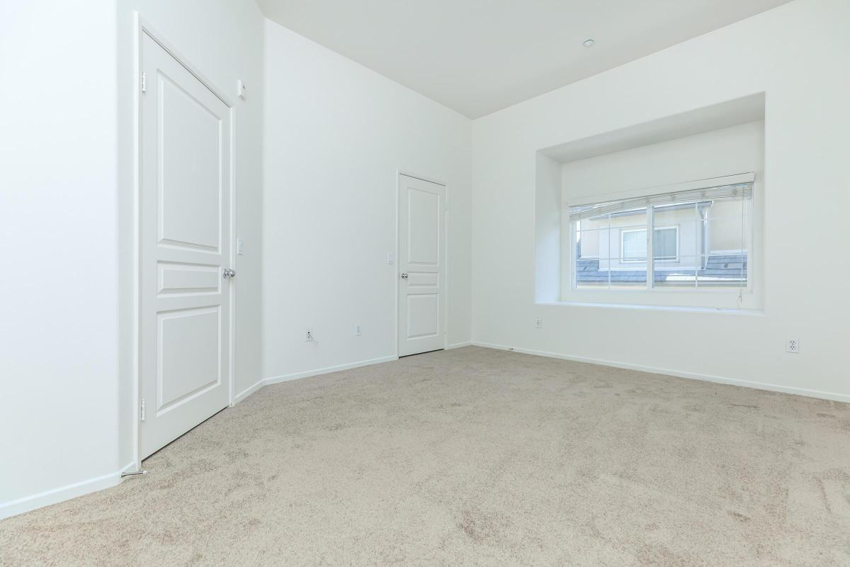 THREE BEDROOM TOWNHOMES FOR RENT