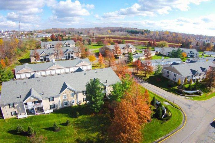 MallardsCrossing Medina, OH aerial shot.jpg