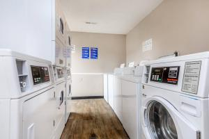 Laundry facility at Hickory View Apartments