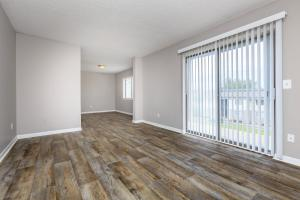 Spacious living room at Hickory View Apartments