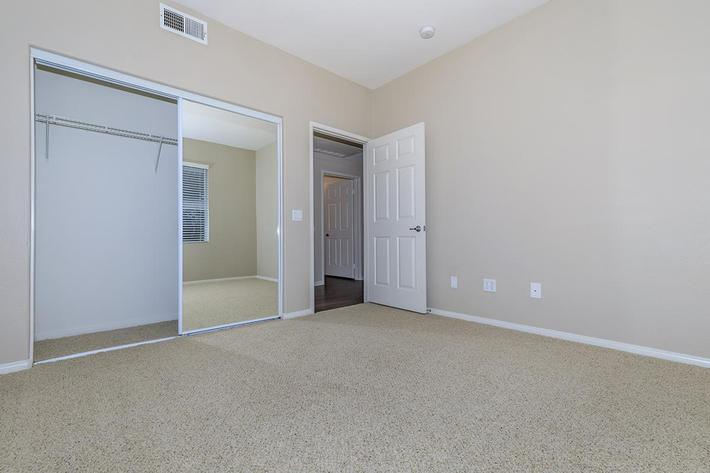 06b Third Bedroom.jpg