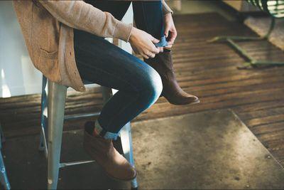 interior-woodfloor-shoes.jpg