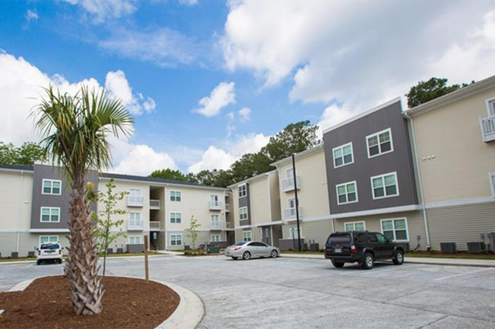 Elevation-Apartments-Wilmington-NC-10(1).jpg