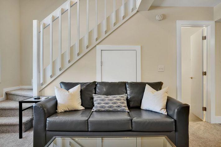 Loft Bedroom Enclave-10.JPG