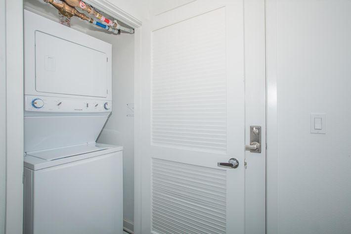 06 Laundry.jpg