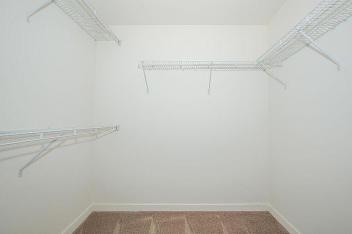 04c master bedroom.jpg