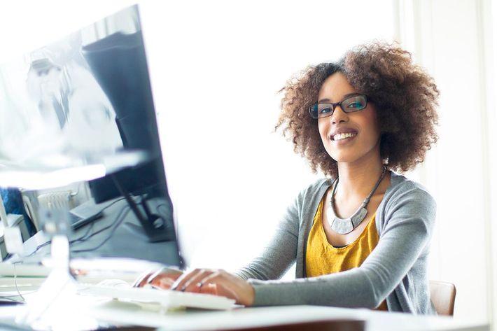 amenities-computer-desk2.jpg