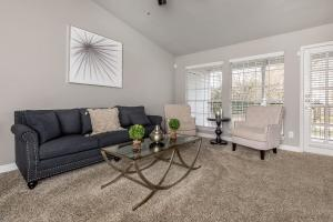 GORGEOUS FURNISHED APARTMENT HOMES ARE AVAILABLE