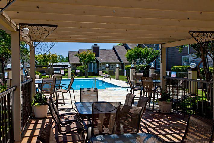 patiopool-width-2842px.jpeg