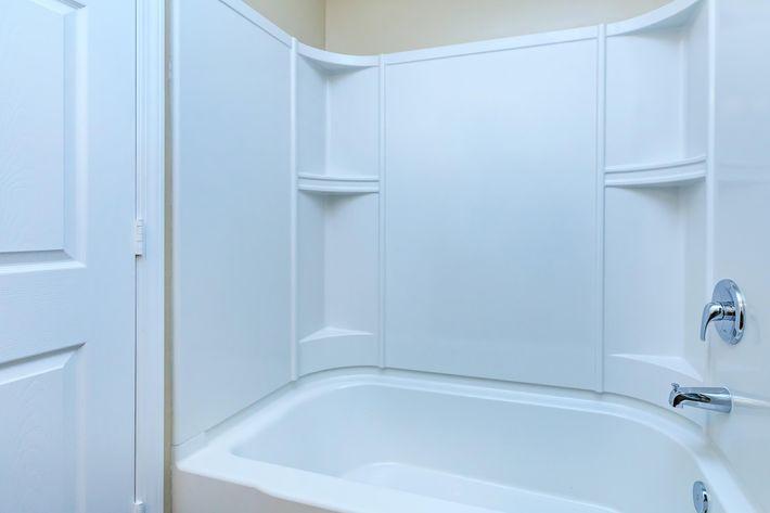 Modern bathroom at Eagles Crest at Jack Miller in Clarksville, Tennessee