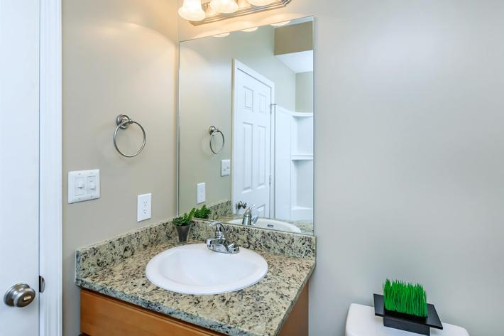 Sleek bathroom at Eagles Crest at Jack Miller in Clarksville, Tennessee