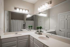 Citiscape Bathroom4.jpg