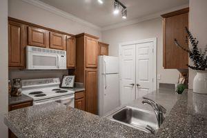 Citiscape Kitchen2.jpg
