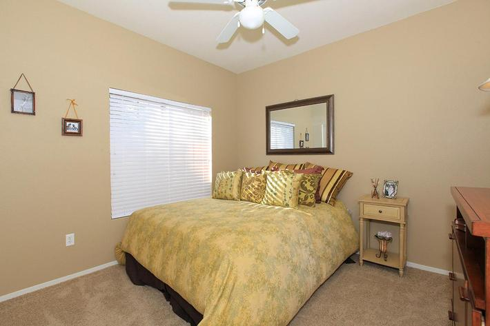 Three bedroom apartment homes at Sandpointe
