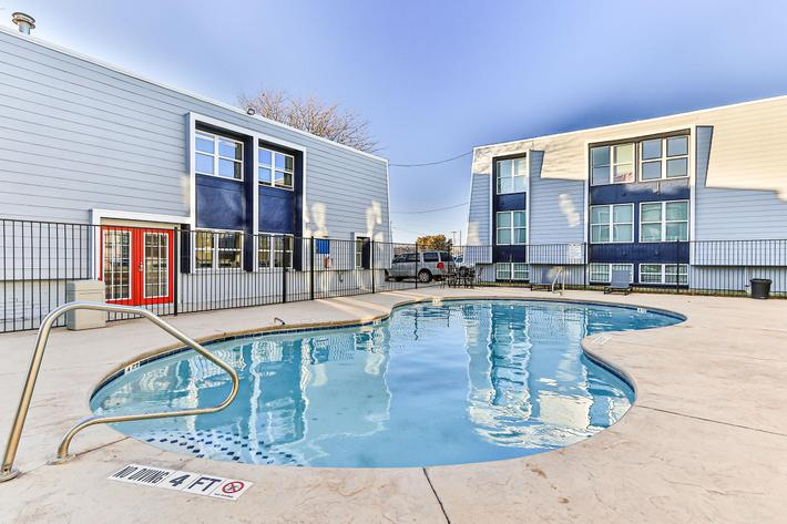 College Pointe Apartments-45.jpg