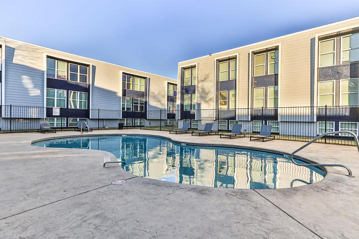 College Pointe Apartments-50.jpg