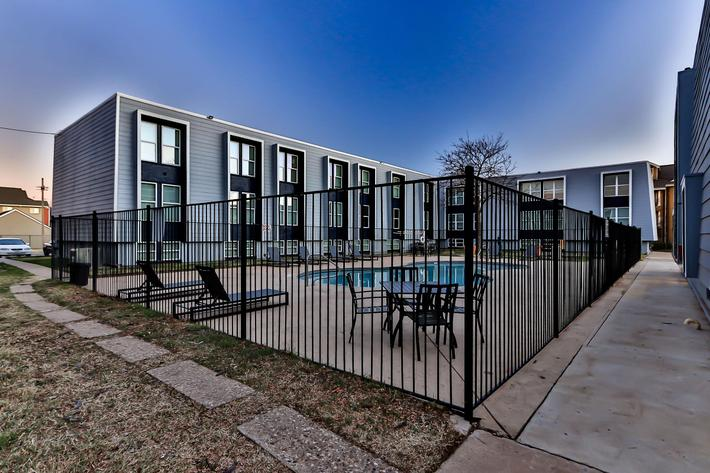 College Pointe Apartments-86.jpg