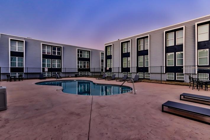 College Pointe Apartments-95.jpg
