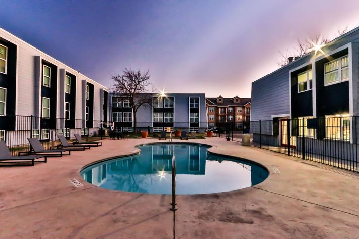 College Pointe Apartments-99.jpg
