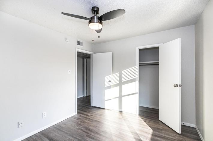 Ceiling fans in The Pointe Apartments for rent