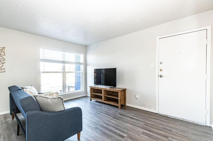 Three spacious floor plans to chose from at The Pointe Apartments