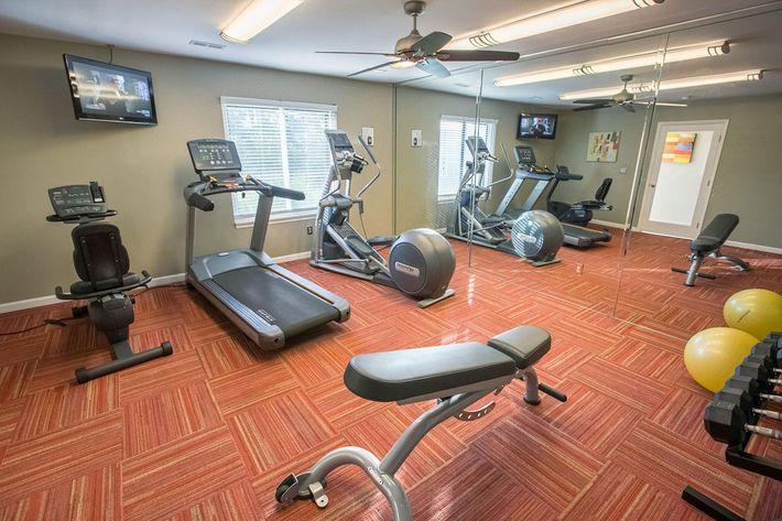 Spring Valley Farmington Hills MI - Fitness Center.jpg