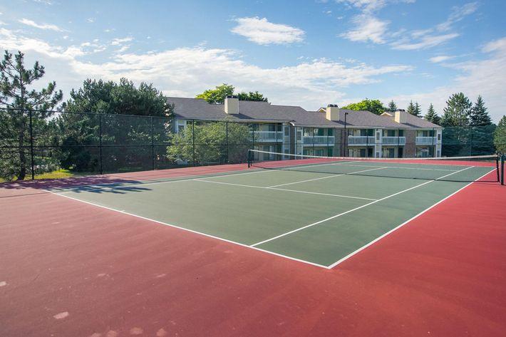 Spring Valley Farmington Hills MI - Tennis Court.jpg