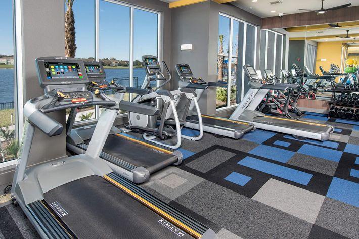 Fitness Center 03.jpg