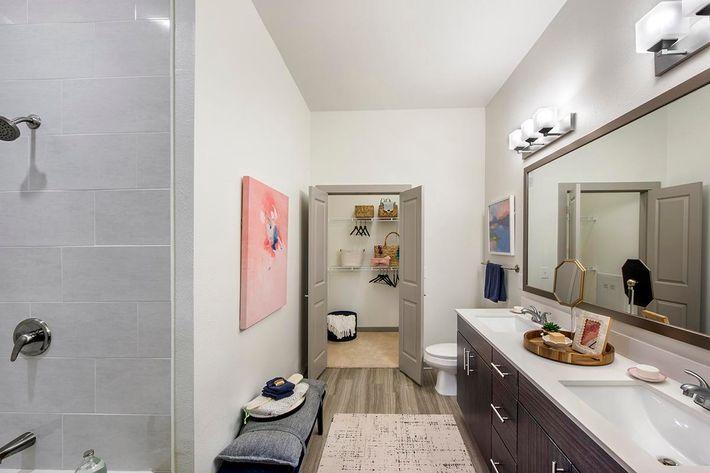 Model Bathroom 01.jpg
