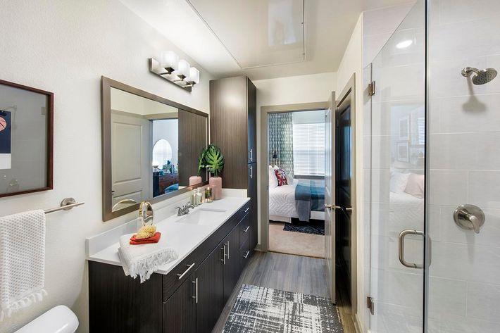 Model Bathroom 03.jpg