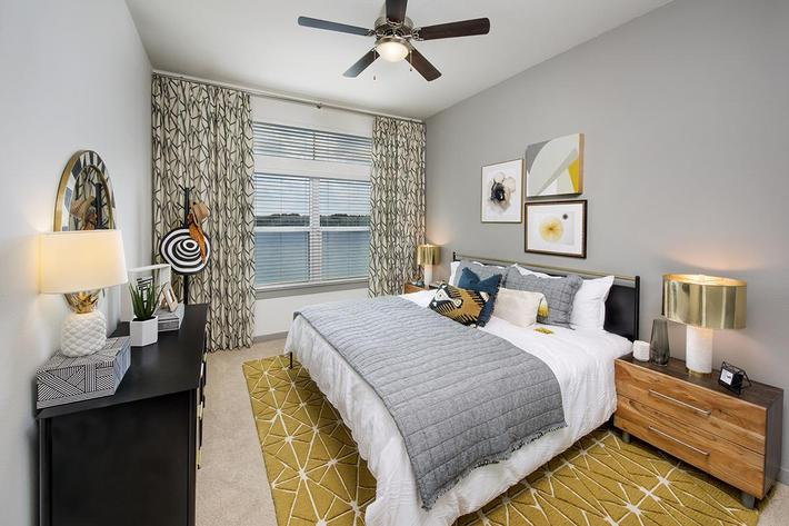 Model Bedroom 01.jpg