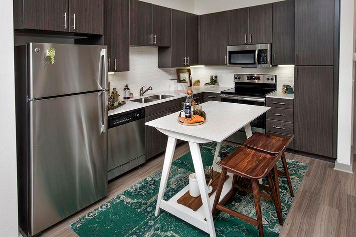 Model Kitchen 04.jpg